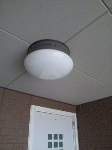 アパート廊下共用灯